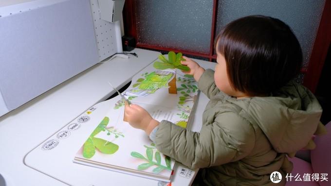 小朋友读书写字的好帮手!~飞利浦轩坦护眼台灯深度测评!