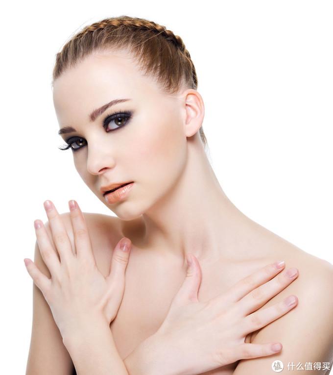 在季节交替的时候,肌肤该如何避免敏感呢?
