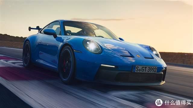 全新保时捷911 GT3发布;微软发布Xbox无线耳机