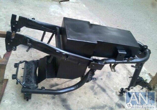 自己DIY用宁德时代三元锂铝壳大单体组装72V100AH两轮电动车锂电池组