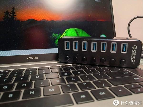 一款可以独立控制的奥睿科USB3.0扩展器