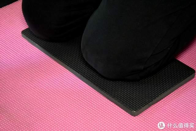 野小兽高弹健腹轮剁手体验:爱上腹肌撕裂,零基础训练出马甲线