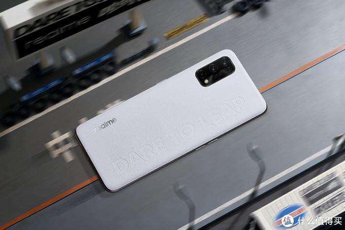开年换新机,1500元左右,有哪几款手机值得一看?