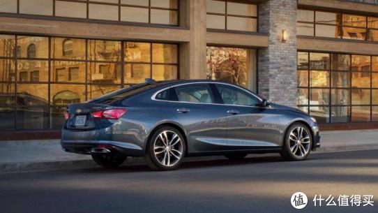 15万预算也能买B级车,除了油耗偏高,似乎挑不出迈锐宝XL的缺点