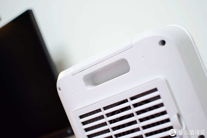"""室内太冷入手新款""""小太阳"""":荣耀亲选出品,快速制热比暖气好用"""