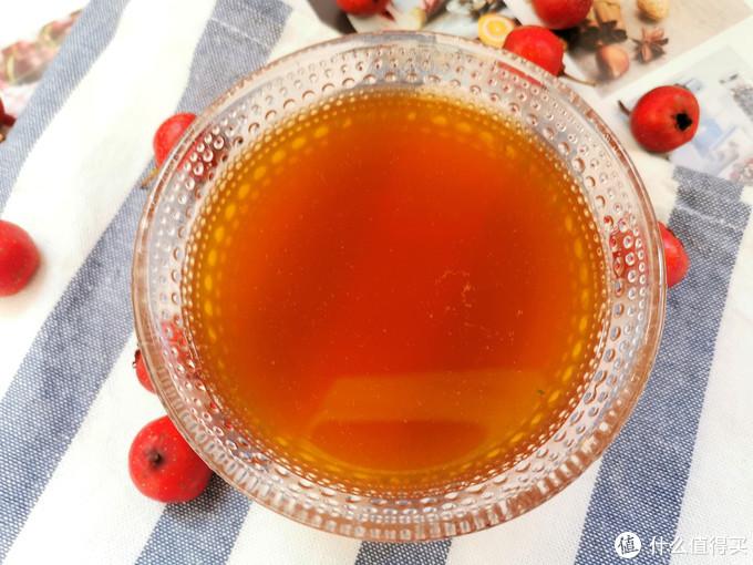 春节后,多用山楂和苹果煮水喝,酸酸甜甜开胃消食,刮油减脂