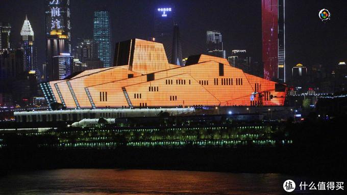 重庆春节大数据解读:电影票房新高,公共交通客运量超2100万