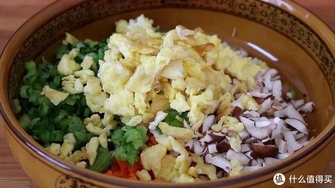 入冬后来一顿这样的饺子,营养鲜美,好吃到停不下来