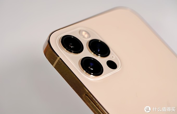 iPhone13渲染图再爆料,悬念很大,改动挺多