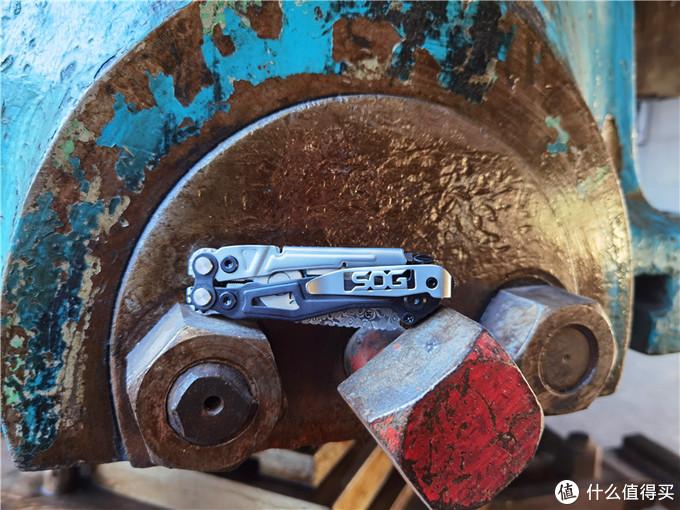 兼顾功能与颜值-SOG RC1001BX多功能工具钳