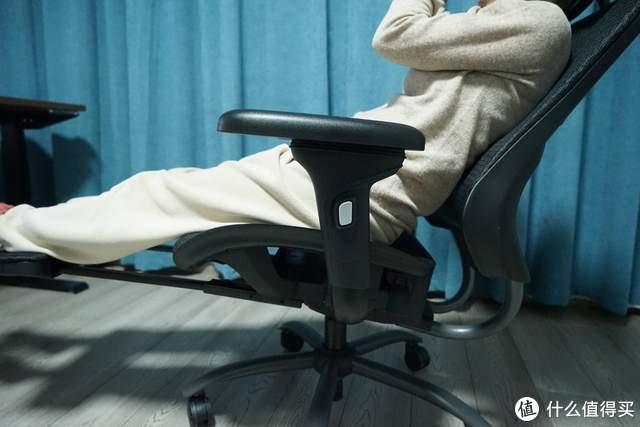 """新年开工必备,网易严选多功能人体工学椅让""""打工人""""更舒适"""