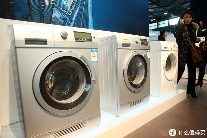 """洗衣机该怎么选,卡萨帝、松下、小天鹅""""硬碰硬"""",看谁更值得买"""