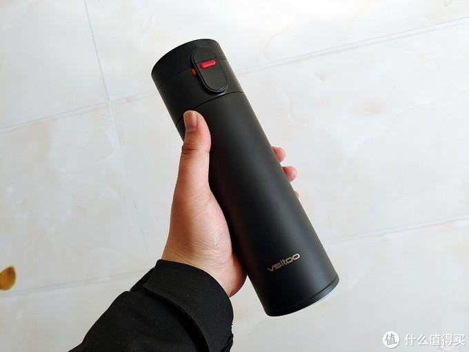 自带温度显示和水质检测,还可手机提醒的荣耀亲选智能保温杯简评