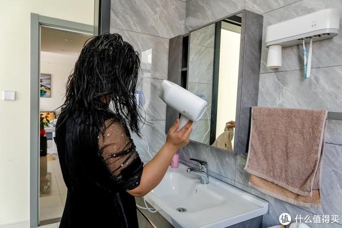 米家水离子吹风机评测:既能快速吹干还能养护头发
