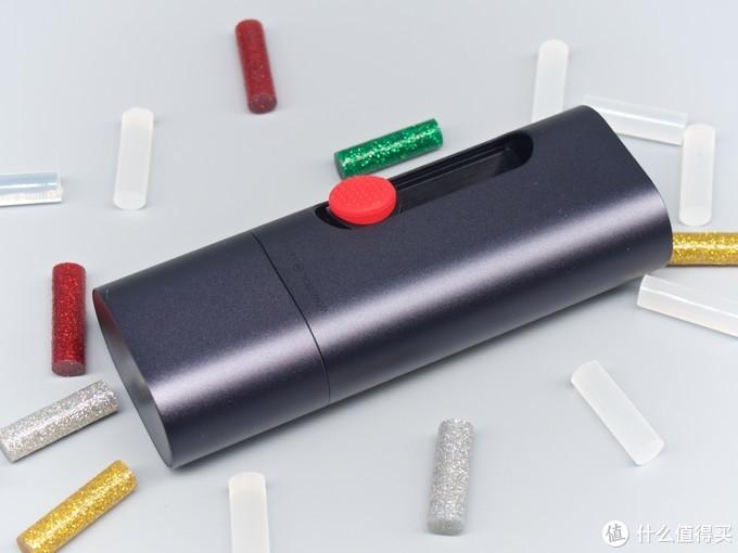 热熔胶还能这么玩!WOWSTICK GULER 锂电迷你热熔胶笔