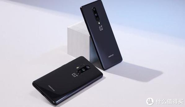 2款5G手机同时降价,小米10对比一加8,谁更值得买?