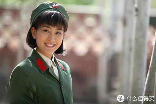 电影《你好,李焕英》那个时代的学生制服,你都见过吗?