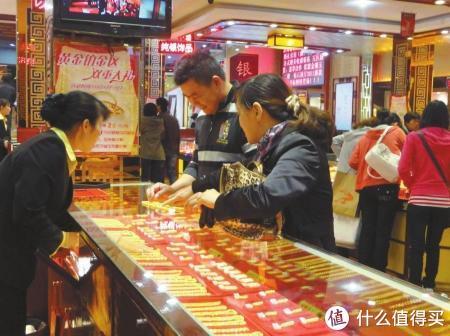 春节黄金消费较去年增长八成,火爆势头让黄金珠宝租赁也别样热闹