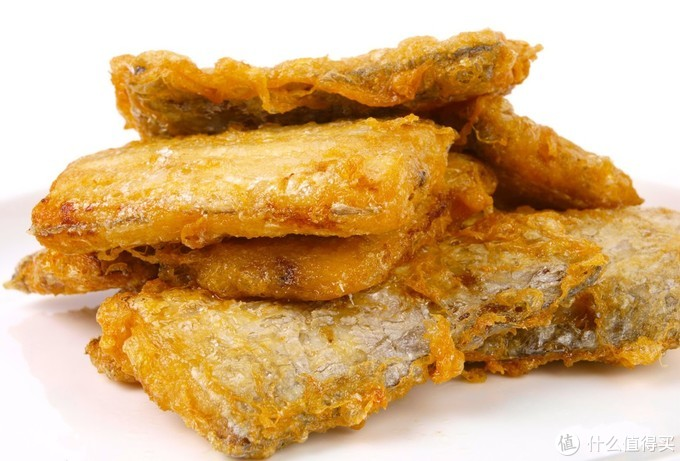 大厨教你正确煎带鱼做法,裹淀粉还是裹面粉?