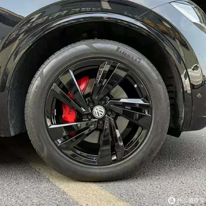 新途锐改黑武士套件,中网轮毂刹车改色