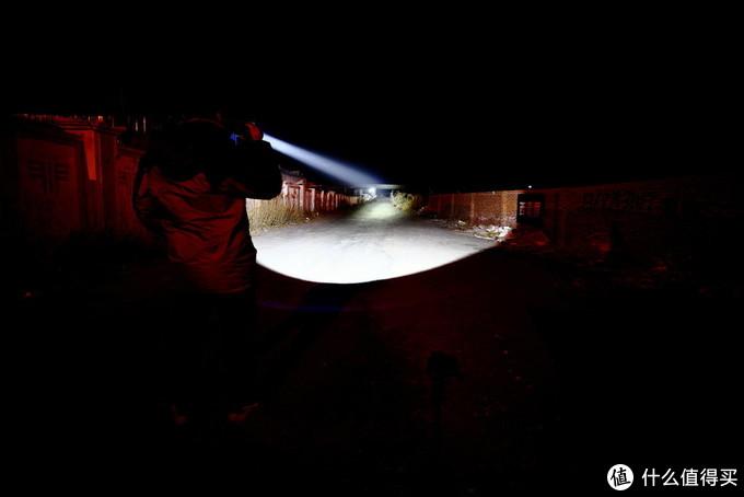 性能怪兽7500流明超级远射 雷鸣兔SD90评测