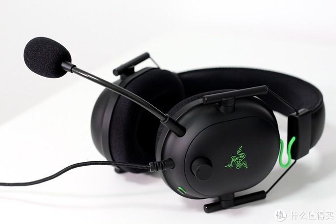 更轻更强自带声卡——雷蛇旋风黑鲨V2电竞耳机开箱体验