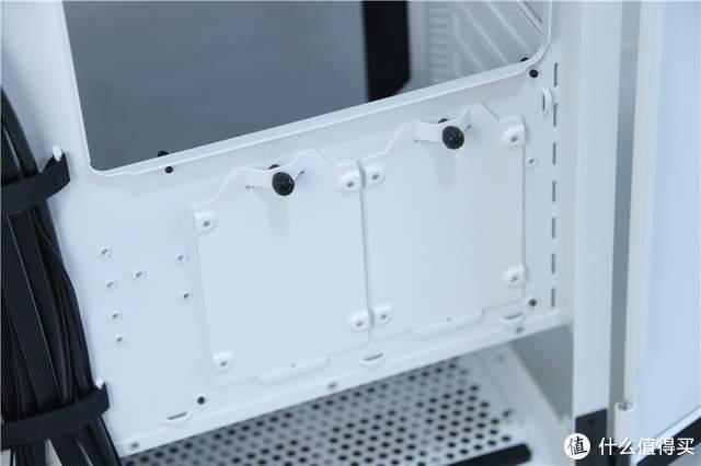 双侧板平开设计,再也不用担心玻璃碎了!Tt挑战者H6机箱装机轻体验