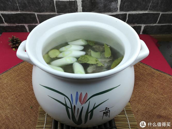 这道汤菜超简单,适合为父母煲汤,尽孝有时候就这么简单