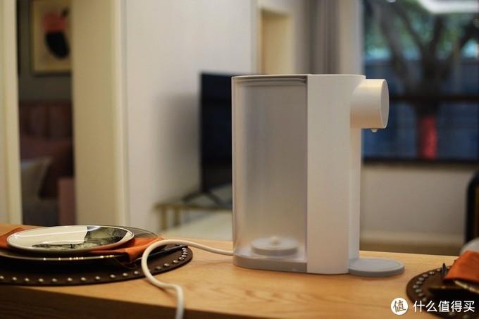 3秒速热100℃沸腾 魔凡即热饮水机