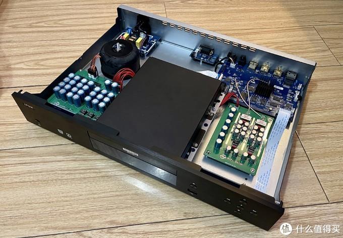 出道即是巅峰IPUK8592 Pro蓝光机评测试玩