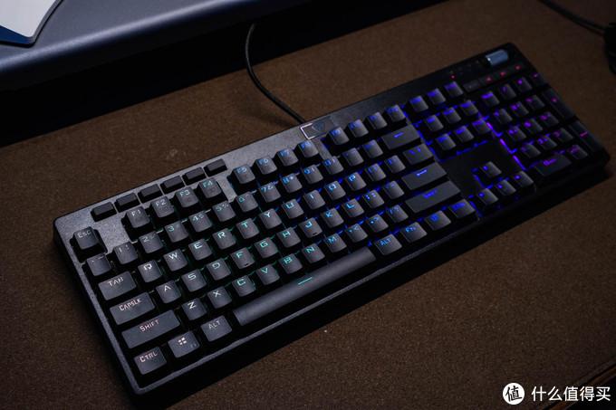 初级好用,超频三KB801RGB机械键盘