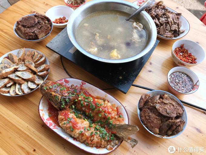 广西农村人的春节午餐走红,5菜1汤,拒绝假精致,朋友:真低调