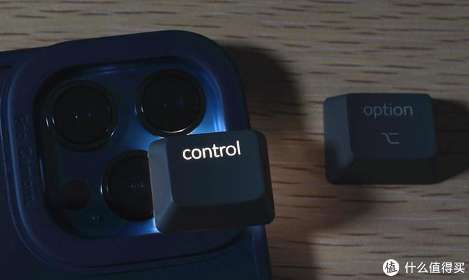 视觉与手感效果兼具-Keychron K8蓝牙双模RGB机械键盘