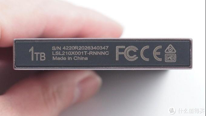 1TB大容量高速传输,雷克沙SL210固态移动硬盘评测
