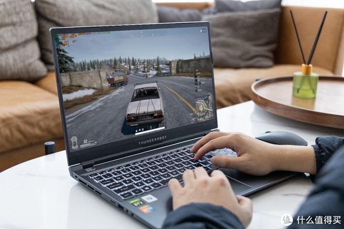 大学生如何选择适合自己的笔记本电脑:雷神P1游戏本电脑体验分享
