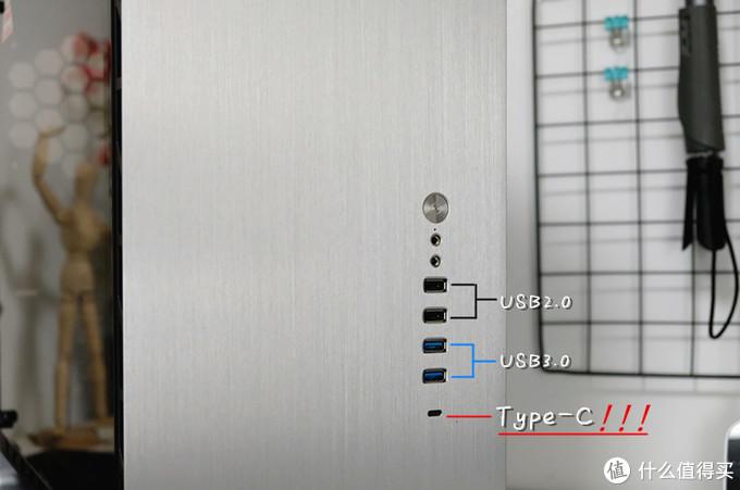 颜值绝对在线,十年不会落伍,用料超足的乔思伯UMX6中塔机箱体验