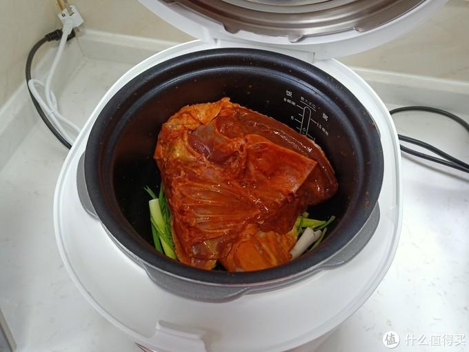 电饭煲烤鸭子,不加油不加水,没想到这么简单,太香了