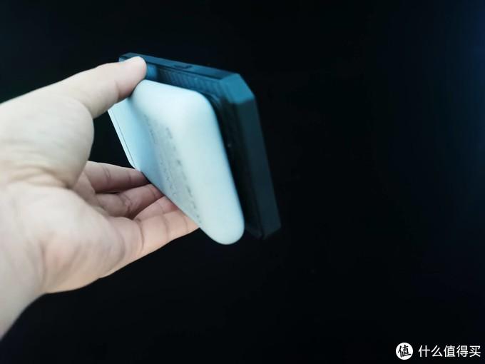 南卡无线充电宝POW-3支持MagSafe磁吸有线无线双输出快充体验