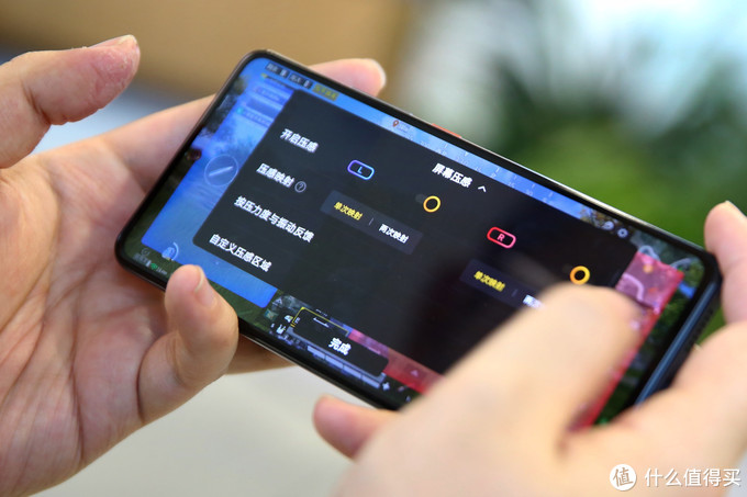 PhoneTalk No.60:同样是玩游戏,iQOO 7用什么吸引电竞玩家?