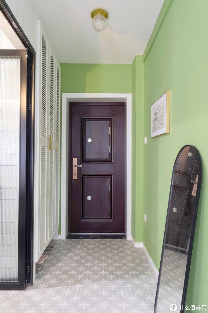 连电梯都没有的老小区花了四个月改造,45平面积全利用打造小清新装修