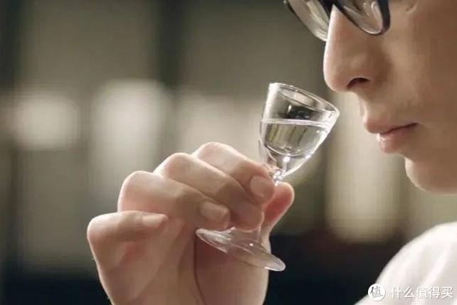挂杯的酒一定是好酒吗,白酒挂杯与什么有关?