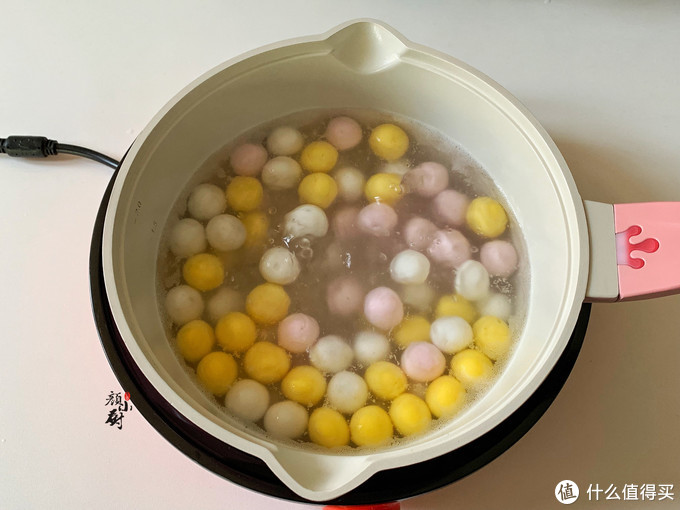 这汤圆好吃好做,低脂又饱腹,简单又美味,几块钱就能煮一大锅