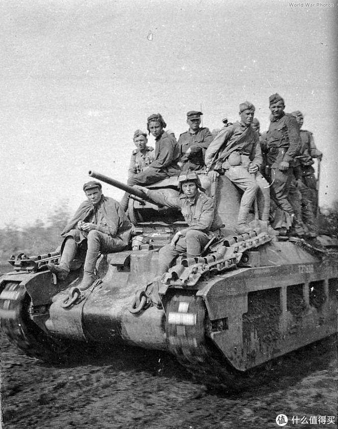 苏军西南方面军装备的玛蒂尔达2型(Mk.IV),1943年