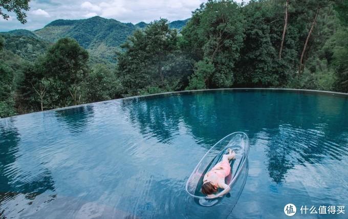 别墅私汤马场无边泳池,这里有完美度假村所需的一切