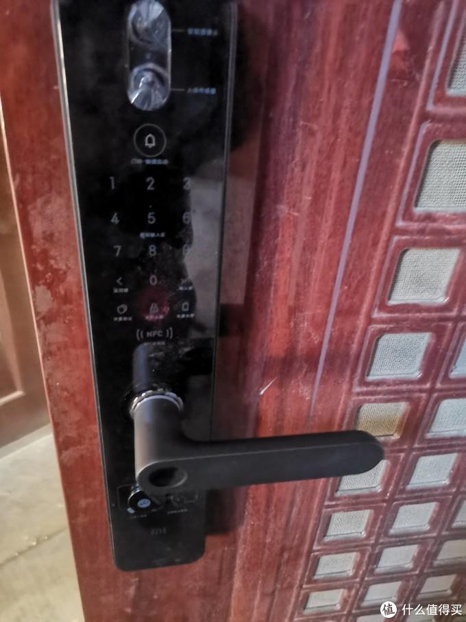 """关怀""""空巢""""父母,给老家安装一把小米门锁Pro吧"""