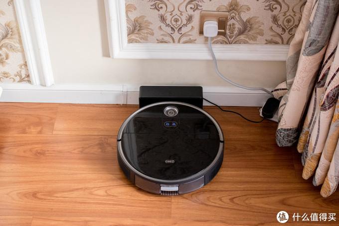"""并不仅是变的更""""薄""""-360 X100 MAX 激光导航3D避障扫拖一体机器人"""