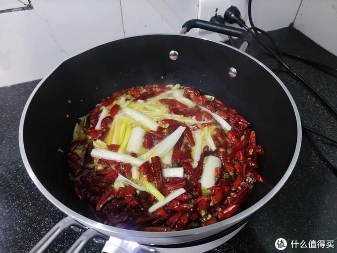 美味得有好锅配:知吾煮平底炒锅为你的厨艺平添技艺