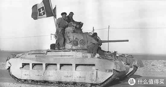 对于意军来说,玛蒂尔达2型算是相当不错的坦克了。