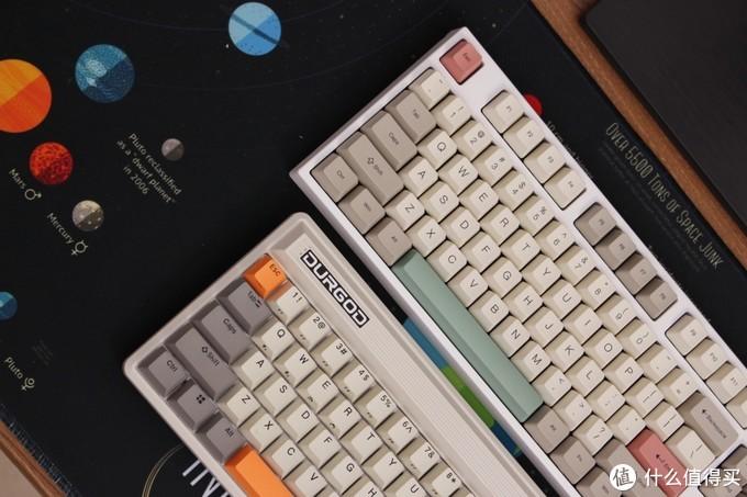 平民化客制化玩法——87三模热插拔套件的复古键盘方案