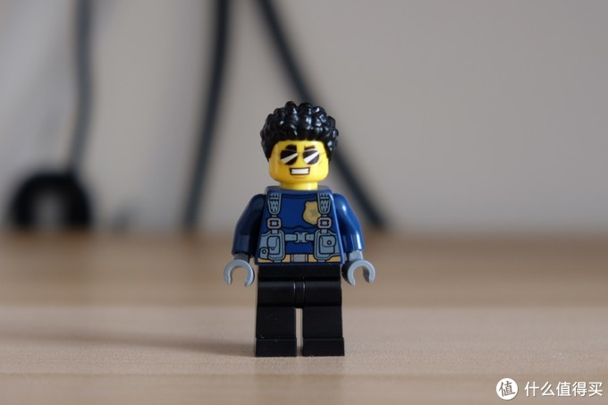 杜克的首秀——LEGO 乐高 城市系列 60242 警察公路大追捕